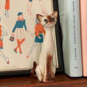 Vintage mid century kitsch ceramic Siamese cat